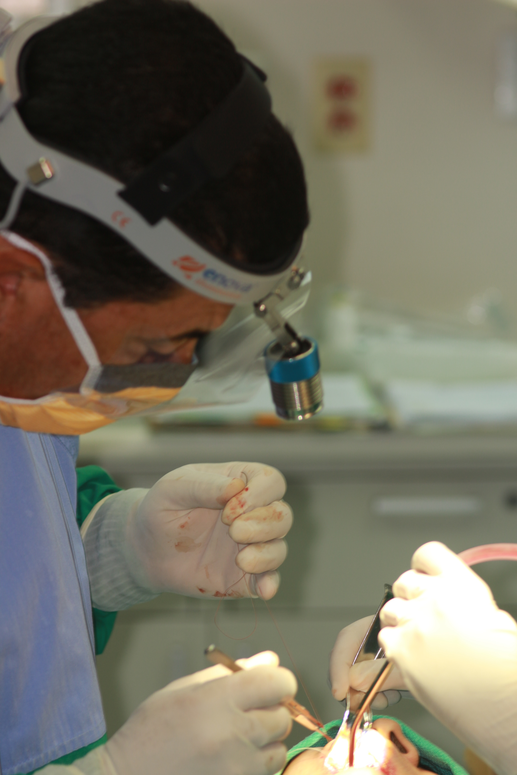 Headlight For Oral And Maxillofacial Surgery Shedding Light